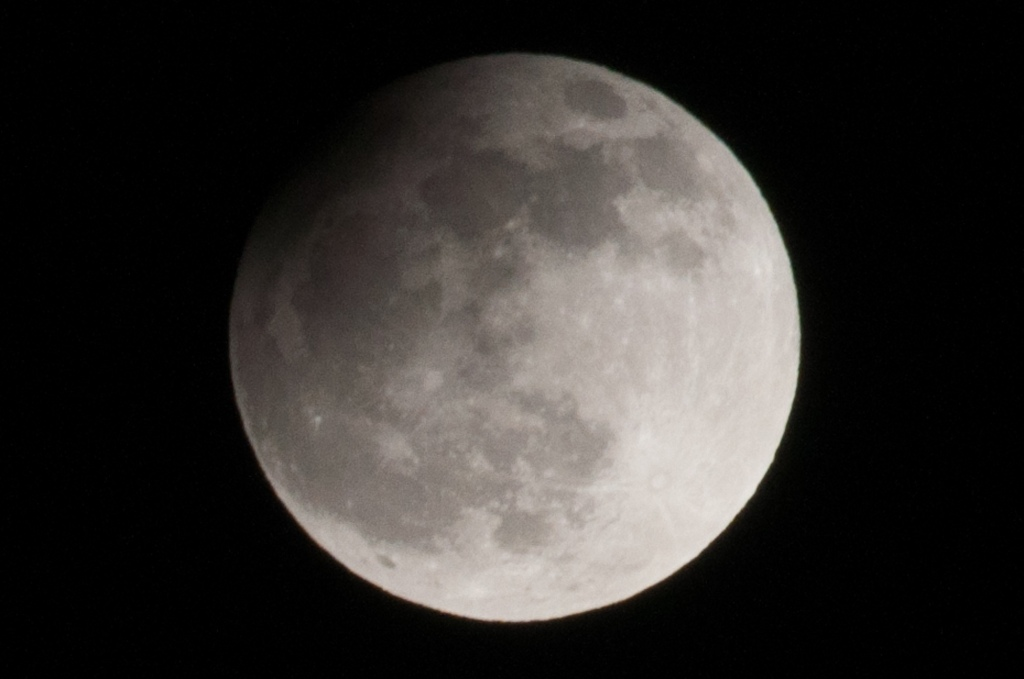 Mondfinsternis - Partiell am 25.04.2013