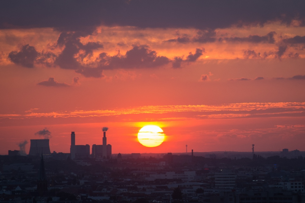 Berlin - Sonnenuntergang über der Stadt